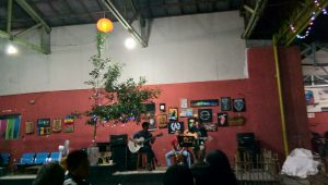 warung joe-luck, cafe, live accoustic