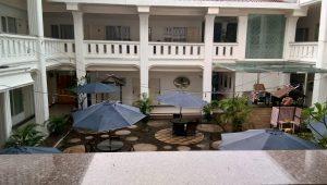 Suasana di dalam Ramayana Hotel Makassar